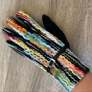Funky Unique Yarn Classic Fit Gloves